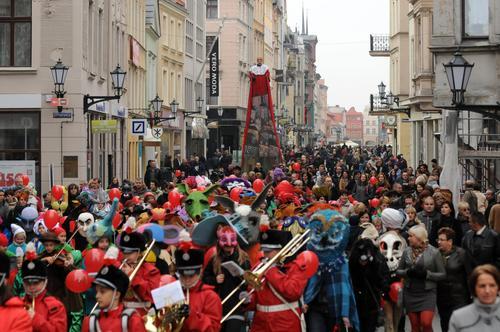 Rozpoczął się toruński festiwal teatrów lalek Spotkania