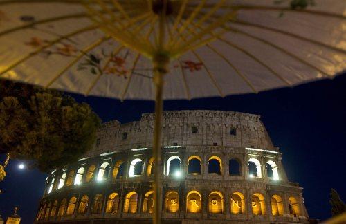 W rzymskim Koloseum stwierdzono 3 tysiące pęknięć i uszkodzeń murów
