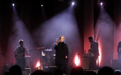 Adele i Taylor Swift największymi zwyciężczyniami American Music Awards 2011