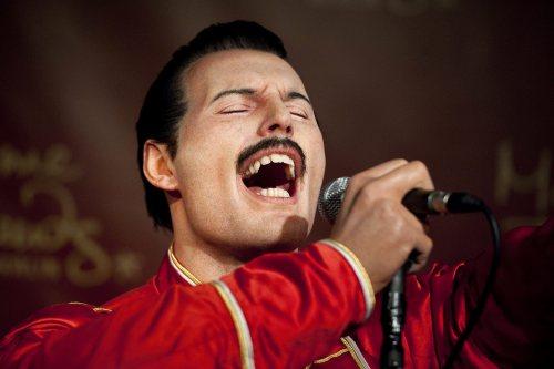 Dwadzieścia lat temu zmarł Freddie Mercury