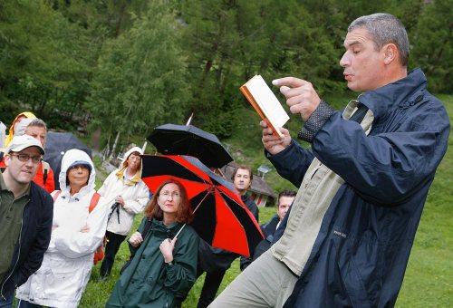 Tłumaczenia książek Stasiuka i Tokarczuk dotowane z Programu Kultura