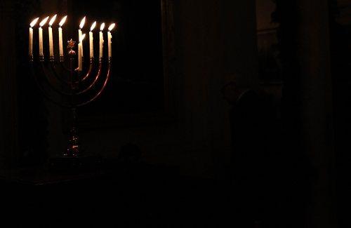 We wtorek inauguracja żydowskiego święta świateł – Chanuka