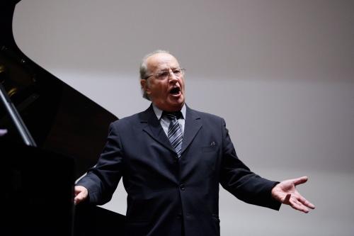 Sławny śpiewak operowy Wiesław Ochman kończy 75 lat