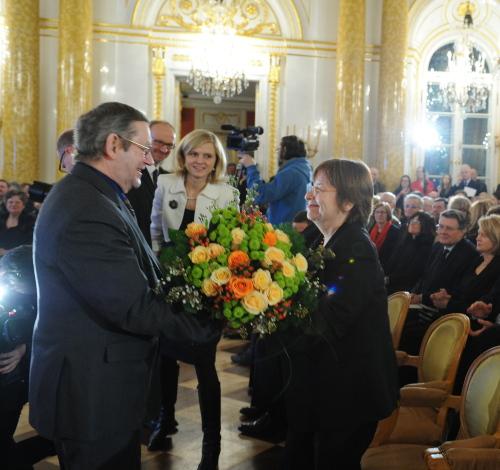 Prof. Norman Davies odebrał Nagrodę im. Aleksandra Gieysztora