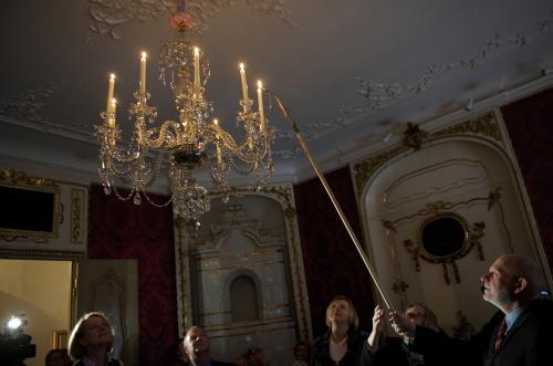 Po ponad 220 latach do Domu Uphagena w Gdańsku wrócił świecznik