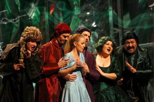 Opery i balety będą pokazywane w polskich kinach