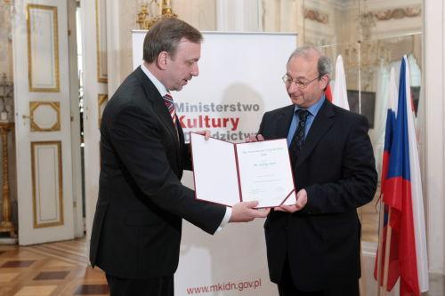 Międzynarodowa Nagroda Wyszehradzka dla pisarza Gyorga Spiro