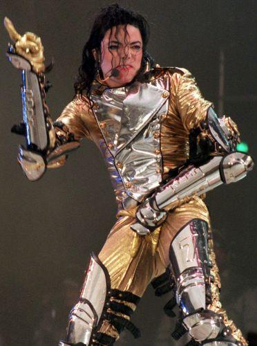 USA/ Policja ponownie przesłuchuje lekarza Michaela Jacksona