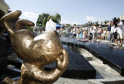 Figurka Reksia stanęła w centrum Bielska-Białej