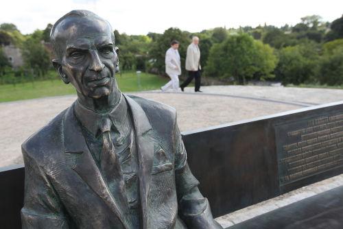 W Łodzi stanął pomnik Jana Karskiego