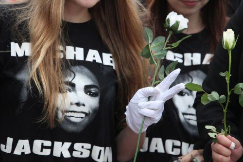 Koncert w hołdzie Jacksonowi przełożono na czerwiec 2010 r.
