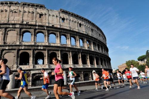 Włochy/Rozpada się Koloseum -pilnie potrzeba renowacji