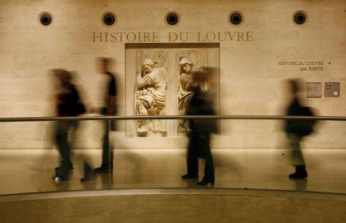 Francja zwróci freski z LuwruEgiptowi