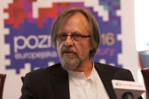 Jan A. P. Kaczmarek komponujegong dla poznańskiego teatru