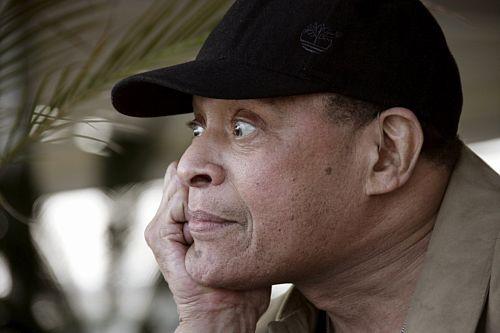 Francja: słynny jazzman Al Jarreau czuje się lepiej
