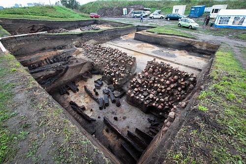 Archeolodzy spotkali się w piastowskim grodzisku w Tumie