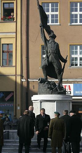 Prezydent wmurował akt erekcyjny Pomnika Żołnierza Polskiego