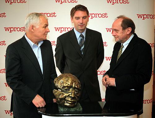 Buzek, Mleczko i Olszewski laureatami nagród Kisiela