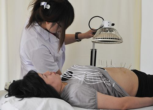 UNESCO: akupunktura na liścieniematerialnego dziedzictwa