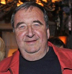 Krzysztof Kowalewski – polskiaktor filmowy, telewizyjny i teatralny.