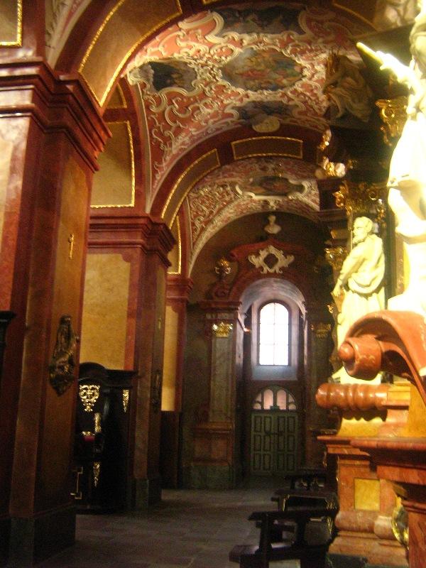 Esencja baroku ukryta w murach poznańskiej fary.