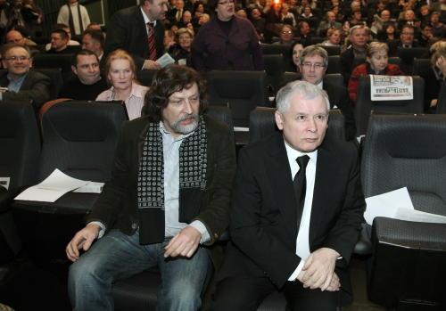 """Premiera filmu """"Mgła"""" o katastrofie smoleńskiej z udziałem prezesa PiS"""