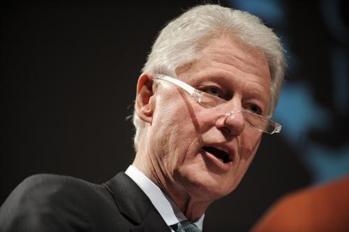 Bill Clinton napisał przedmowę do powieści szpiegowskiej