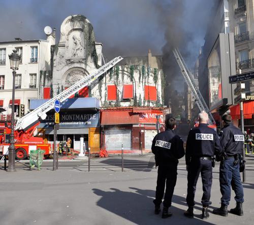 Pożar strawił legendarną salękoncertową w Paryżu