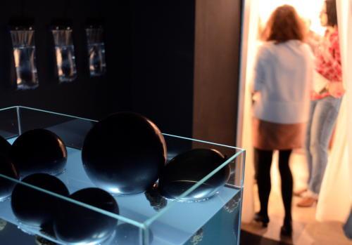 Czarny Neseser w galerii Design -BWA