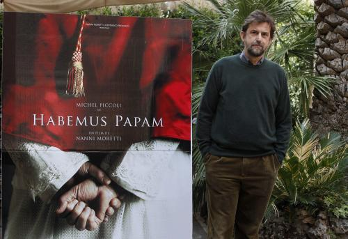 """Prasa włoska zachwycona filmem """"Habemus papam"""" Morettiego"""