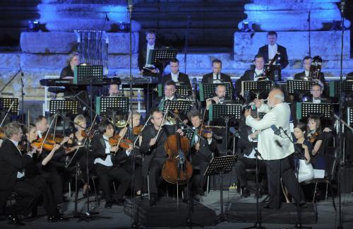 Rosja: Penderecki i Eszpaj laureatami nagrody Senatu i RadyFederacji