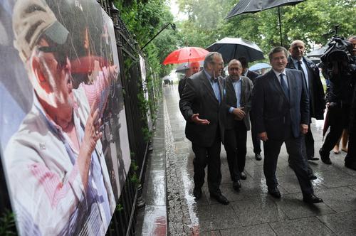 """Prezydent otworzył wystawę fotograficzną """"Artyści Europie"""""""