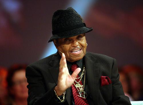 Ojciec Michaela Jacksona przyjedzie do Polski