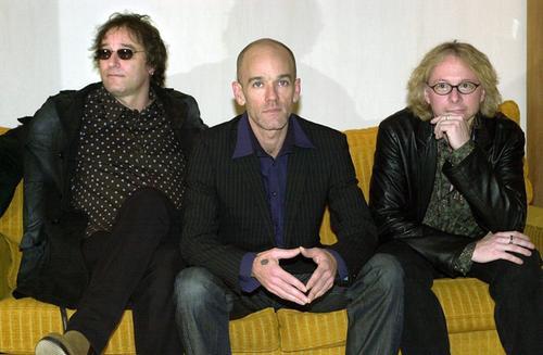 Po blisko 30 latach działalności amerykański zespół R.E.M przestaje grać