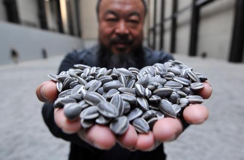 Art Review: chiński desydent Ai Weiwei uznany najważniejszym artystą 2011 roku