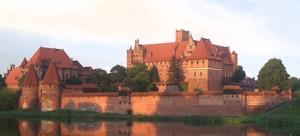 Malbork – największa twierdzaw Polsce.