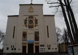 Warszawska Praga. Konkatedra Matki Boskiej Zwycięskiej na Kamionku