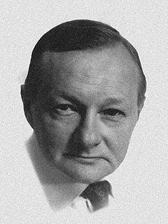 Pełen dobroci – Tadeusz Fijewski.
