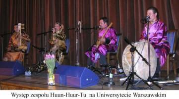 """Zespół Huun-Huur-Tu podczas """"Wiosny LudUW"""""""