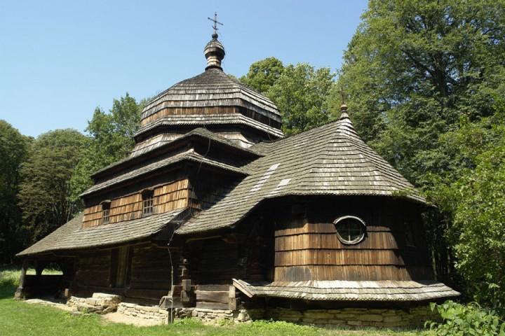 Szlakiem architektury drewnianej na Podkarpaciu